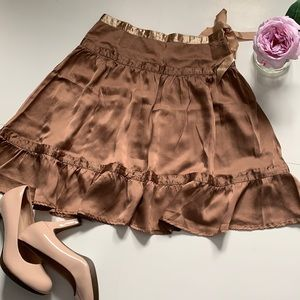 ❤️Gorgeous 100% silk See by Chloe skirt size 2-4US